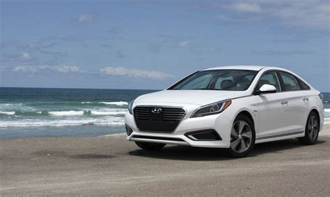 2016 Sonata Review by 2016 Hyundai Sonata Hybrid In Drive Review