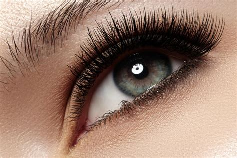 Silk Eyelash Extension beautiful eyelash extensions
