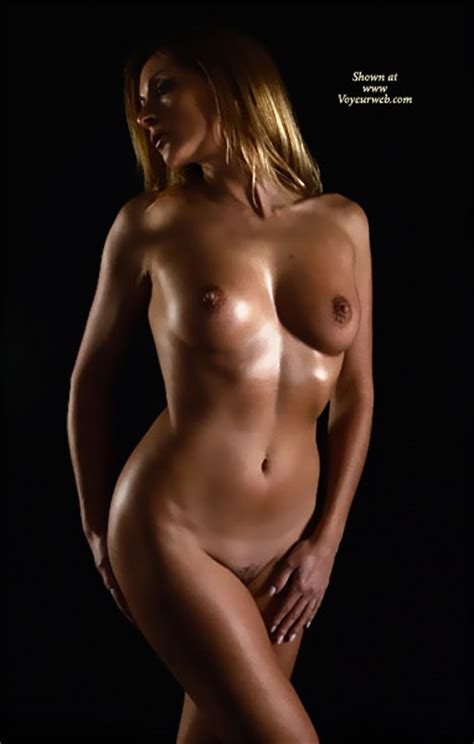 Artistic Nude With Oil May Voyeur Web Hall Of Fame