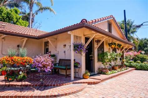harbor house inn santa barbara harbor house inn in santa barbara ca non smoking rooms wegoplaces com