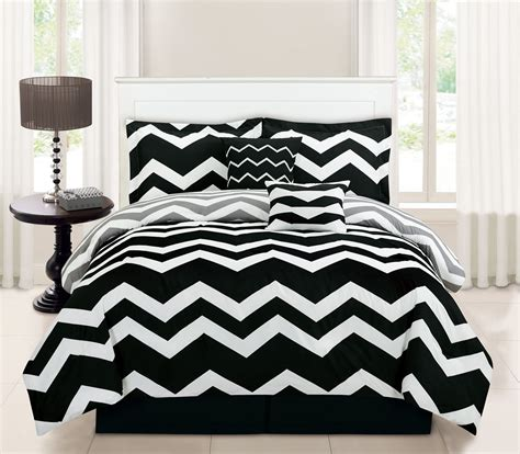 6 Piece Queen Chevron Black Comforter Set