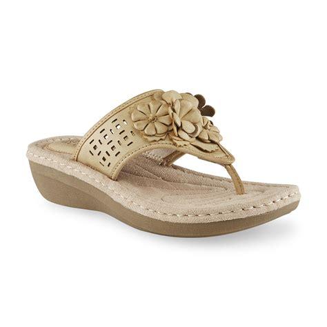 i love comfort sandals i love comfort women s barefoot tan comfort thong sandal