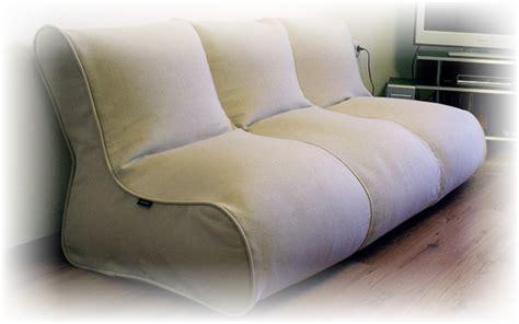 Sofa Empuk dekorasi ruangan dengan sofa bean bag desain rumah unik