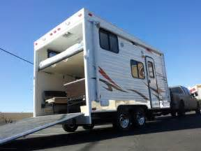 Build Your Own Floor Plan toy hauler photos and slideshows