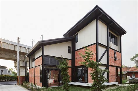 taiwan house solar powered home in tainan puts a modern twist on the traditional courtyard house