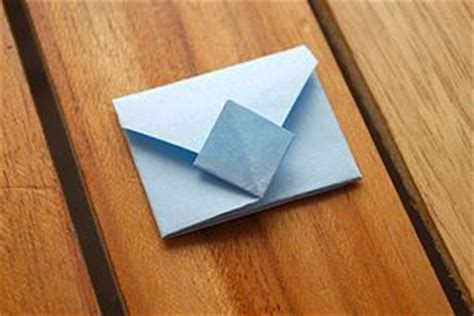 How To Fold Paper Notes In Cool Ways - how to fold an origami envelope origami envelope