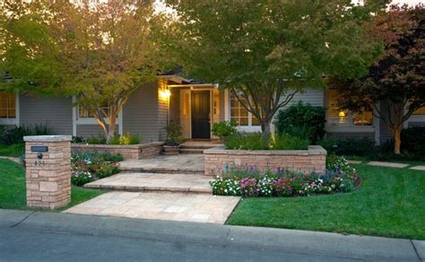 affordable backyard landscaping ideas cheap front yard landscaping ideas webzine co