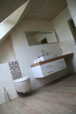 bodenbeläge fürs bad badezimmer holzoptik idee