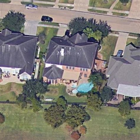 jj watt house j j watt s house in pearland tx virtual globetrotting