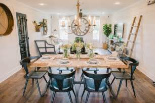 Joanna Gaines Dining Room Furniture Photos Hgtv 39 S Fixer With Chip And Joanna Gaines