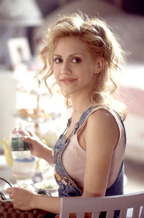 actress died 32 years old 32 year old actress brittany murphy dies hello kuwait