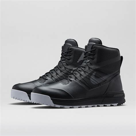 nike sneaker boots mens 15 must see nike acg pins nike boots s boots and