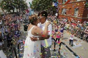 Pride Festival Boystown Pride Parade 2016 Chicago Tribune