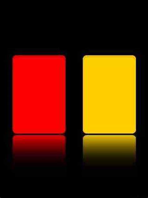 apakah membuat kartu kuning bayar asal usul penggunaan kartu merah dan kartu kuning dalam