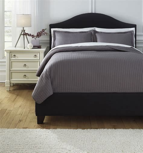 queen comforter set raleda gray queen comforter set from ashley q498003q