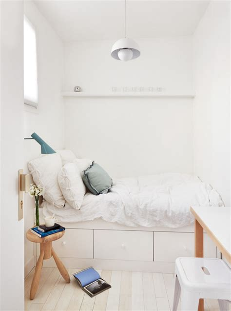tricks in the bedroom 13 tips and tricks on how to decorate a small bedroom decoration