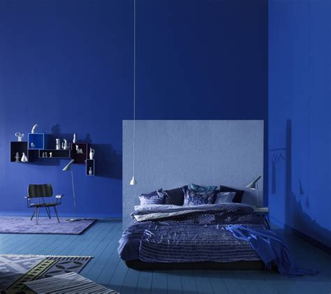 light blue color for bedroom splashes of colour in white interiors