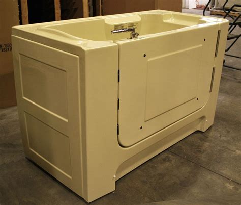 wheelchair accessible bathtubs wheelchair accessible bathtubs 28 images wheelchair