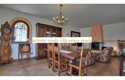 in vendita a pavia da privati privato vende villa villa residenziale annunci gropello