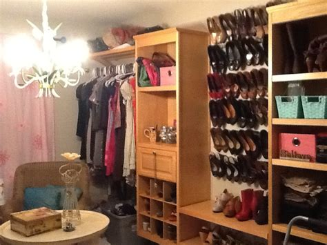 turning bedroom into closet turn an extra bedroom into a closet home pinterest
