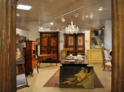 esposizione mobili esposizione mobili antichi mobili duchi
