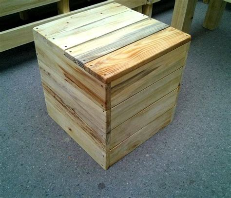 ottoman from pallet diy pallet patio or outdoor furniture set 101 pallets
