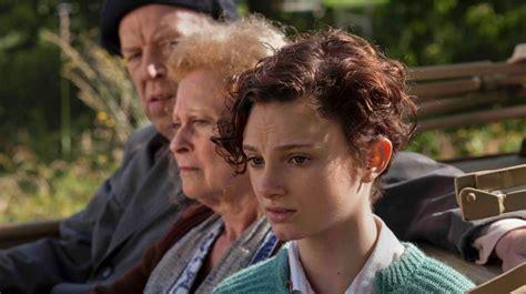 wanneer komt de film fallen uit oorlogsgeheimen film 2014 dennis bots cinenews be