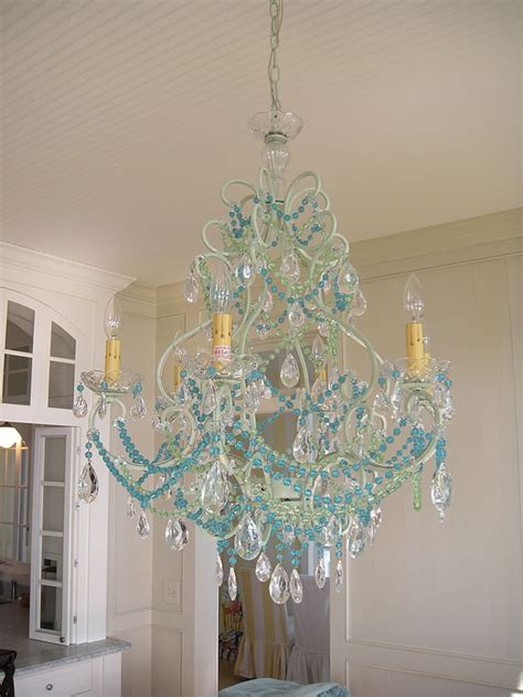 shabby chic kronleuchter aqua beaded chandy switch out the bead color to vary the