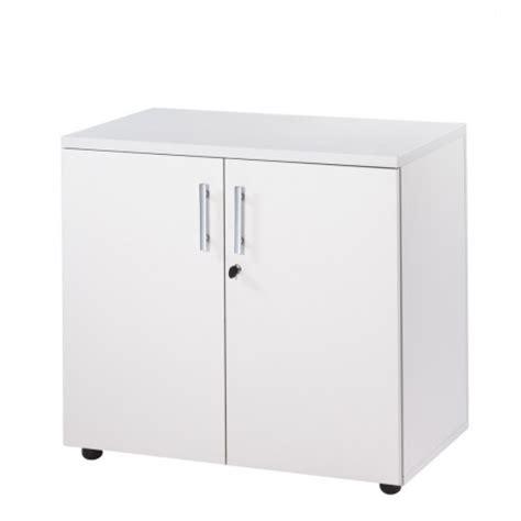 armoire de bureau m騁allique armoire de bureau basse 2 portes blanche ineo beaux