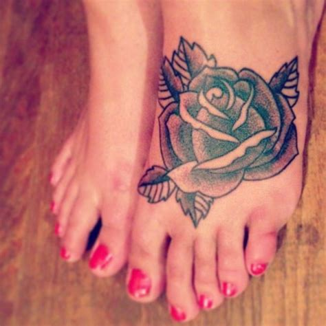 rose and thorn tattoo meaning every has its tattoos