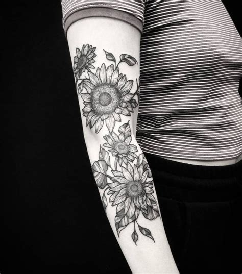 blackwork tattoos driving women  ink page