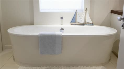 standard size bathtub designs fascinating inside dimensions of standard
