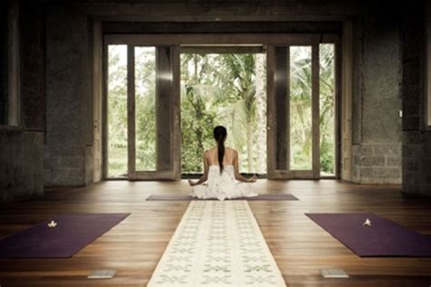 zen spaces 33 minimalist meditation room design ideas digsdigs