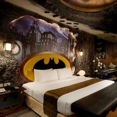 theme hotel at taiwan batman hotel room