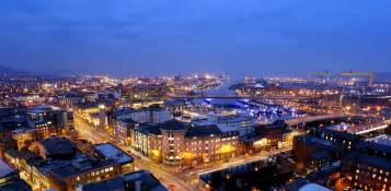 Traditional Wall Clock belfast guide by in your pocket the best belfast city