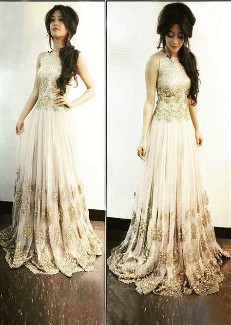 Dress Nayra shivangi joshi wearing kalki sequin gown kalkifashion