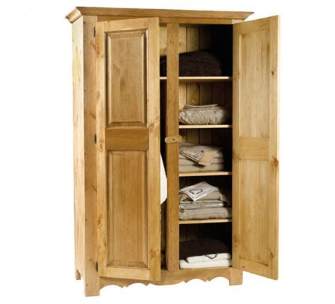Armoire R Nov E by Armoire Pin Massif Brunswick Casita 1621