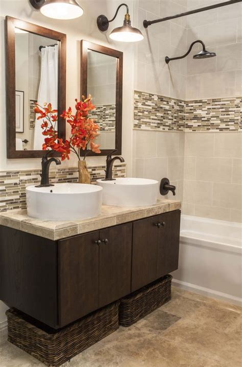 Bathroom Border Ideas 29 Ideas To Use All 4 Bahtroom Border Tile Types Digsdigs