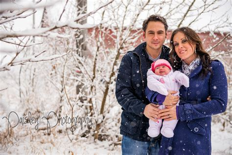 pictures of family winter forest family photos barn family photography