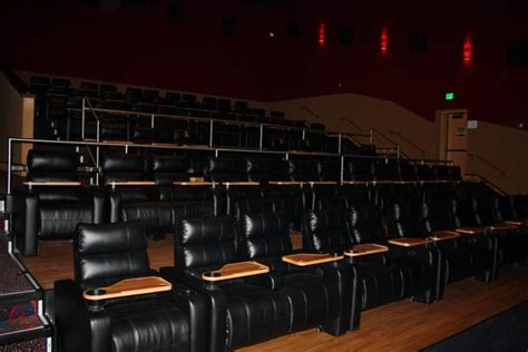 movie theaters with recliners in md springfieldtowncenter fashiondiningliving