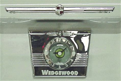 Antique Gas Ls by Wedgewood 40 Quot With Glass Door Chrome And White Porcelain