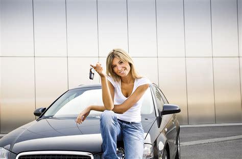 Caucasian car driver woman   Volvoab