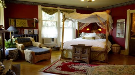 decorating a cape cod style home cosy bedroom decorating ideas british colonial style home