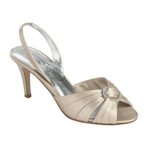 wide width dress shoes inspired by caparros s elizabeth dress shoe wide