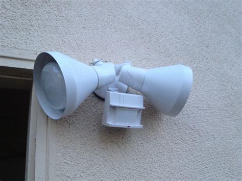 motion light stays on motion sensor security flood light stays stuck on does