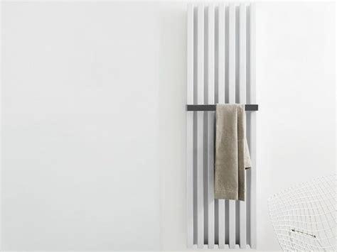 bathroom tubes vertikaler wandmontierter designheizk 246 rper soho bathroom