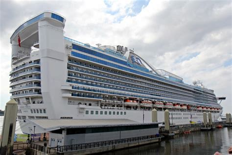 princess cruises from liverpool file caribbean princess cruise terminal liverpool