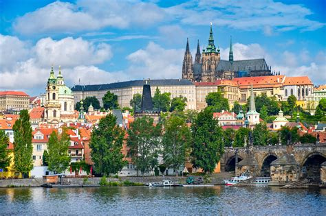 prague the best of prague for stay travel books introduction cing praha kl 225 novice