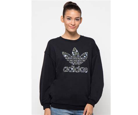 Sweater Greenlight Logo Hitam Sweater Cowok Sweater Keren ingin bergaya sporty seperti gigi hadid ini 6 fashion