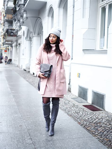 blogger day casual valentines day outfit